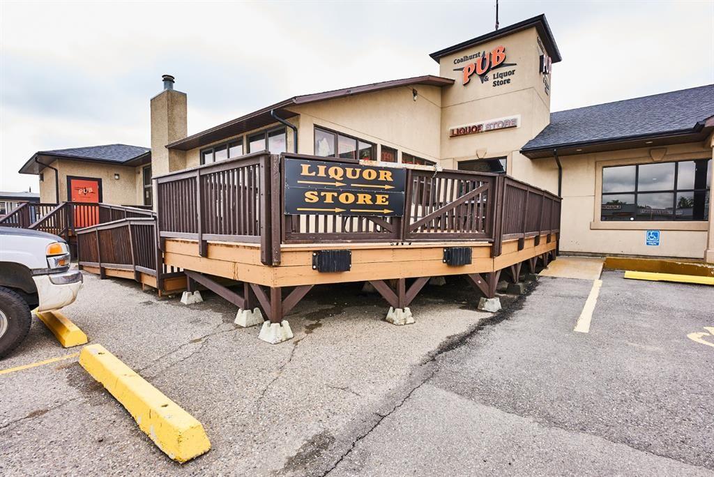 Main Photo: 102 Spruce Drive: Coalhurst Business for sale : MLS®# A1128377