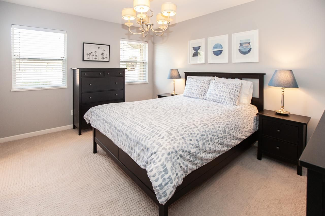 Photo 10: Photos: 6305 48A Avenue in Delta: Holly House for sale (Ladner)  : MLS®# R2333976