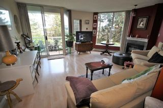 """Photo 3: 203 71 JAMIESON Court in New Westminster: Fraserview NW Condo for sale in """"PALACE QUAY"""" : MLS®# R2252210"""