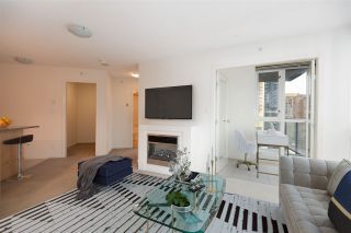 "Photo 9: 706 1199 SEYMOUR Street in Vancouver: Downtown VW Condo for sale in ""BRAVA"" (Vancouver West)  : MLS®# R2531853"