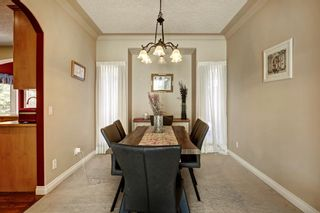 Photo 4: 30 Simcrest Manor SW in Calgary: Signal Hill Detached for sale : MLS®# A1146154