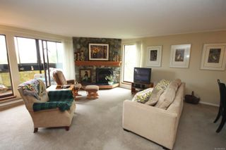 Photo 2: 302 1106 Glenora Pl in : SE Maplewood Condo for sale (Saanich East)  : MLS®# 874856
