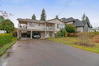 Photo 1: 832 MACINTOSH STREET in Coquitlam: Harbour Chines House for sale : MLS®# R2223774