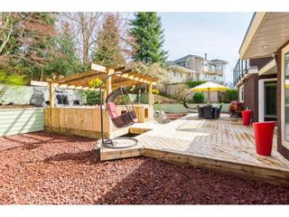 Photo 15: 16437 77TH AVENUE in Surrey: Fleetwood Tynehead House for sale : MLS®# R2259934