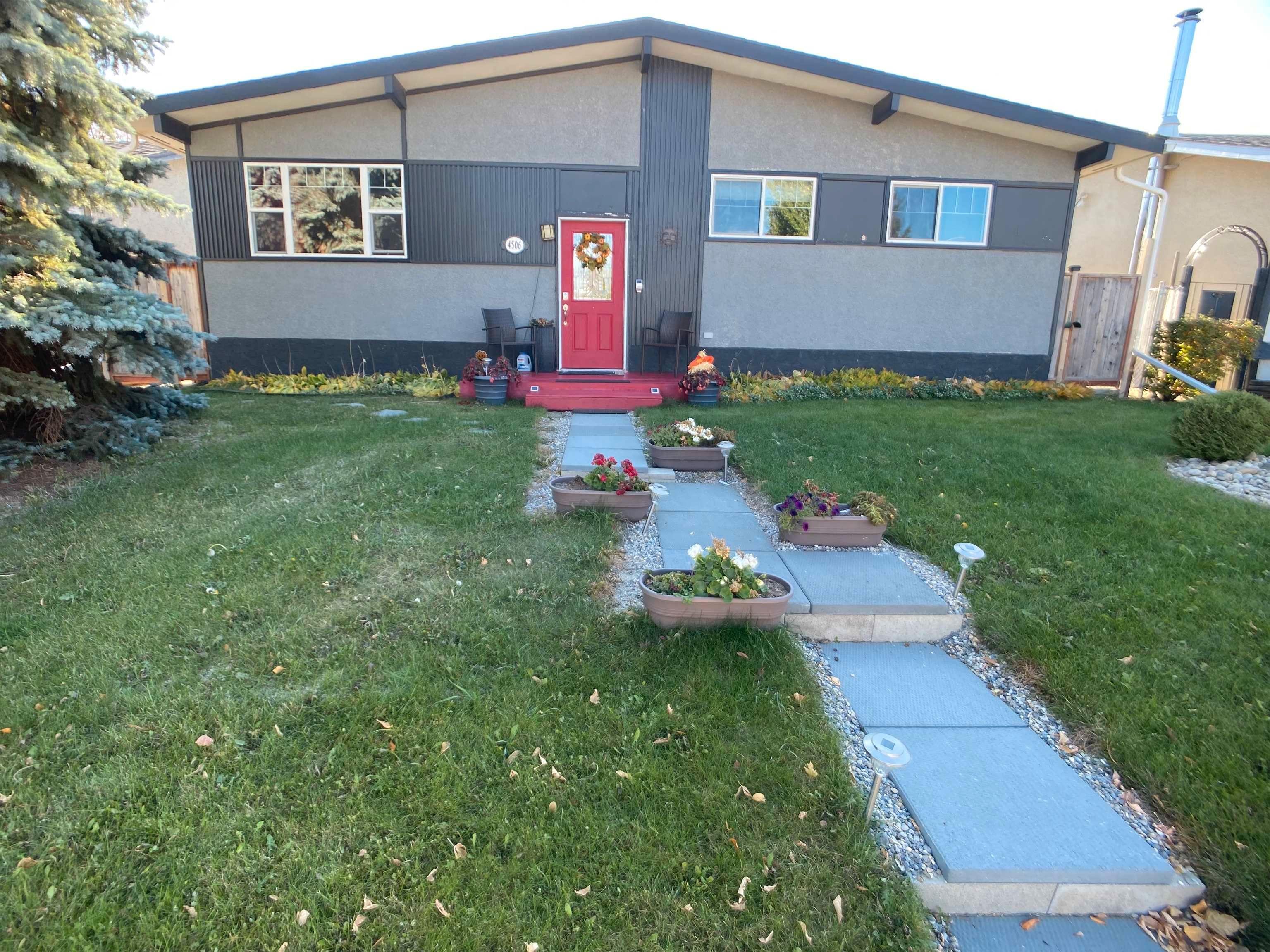 Main Photo: 4506 45 Avenue: Stony Plain House for sale : MLS®# E4265749