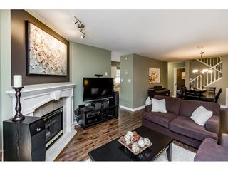 """Photo 2: 71 65 FOXWOOD Drive in Port Moody: Heritage Mountain Townhouse for sale in """"FOREST HILL"""" : MLS®# R2103120"""