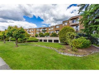 """Photo 1: 7 11900 228 Street in Maple Ridge: East Central Condo for sale in """"MOONLITE GROVE"""" : MLS®# R2590781"""