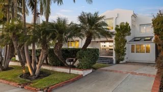 Photo 5: PACIFIC BEACH House for sale : 4 bedrooms : 918 Van Nuys St in San Diego