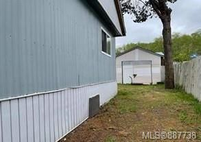 Photo 2: 2135 15th Ave in : CR Campbellton Other for sale (Campbell River)  : MLS®# 887738