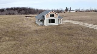 Photo 3: 19183 Cure Road in St Pierre-Jolys: R17 Residential for sale : MLS®# 202010007