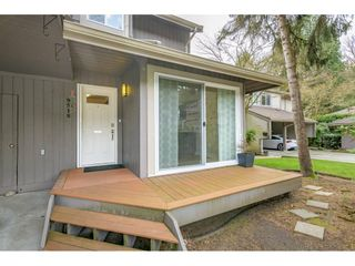 """Photo 4: 9518 WILLOWLEAF Place in Burnaby: Forest Hills BN Townhouse for sale in """"Willowleaf Place"""" (Burnaby North)  : MLS®# R2561728"""