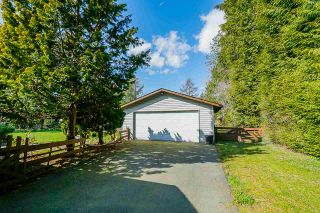 "Photo 2: 24233 54 Avenue in Langley: Salmon River House for sale in ""Salmon River Uplands"" : MLS®# R2448935"