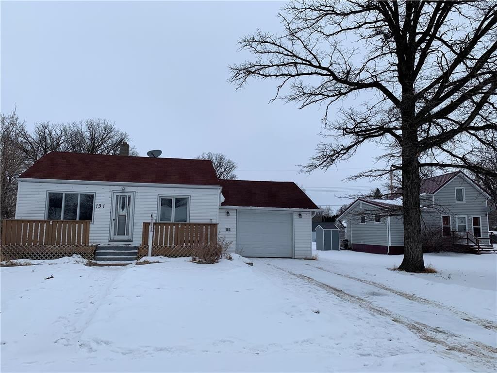 Main Photo: 131 Dominion Street in Emerson: R35 Residential for sale (R35 - South Central Plains)  : MLS®# 202102323