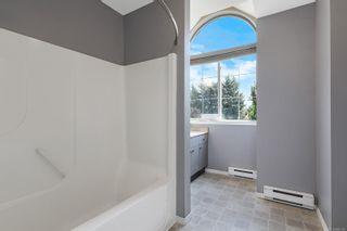 Photo 12: 527 Deerwood Pl in : CV Comox (Town of) House for sale (Comox Valley)  : MLS®# 880114