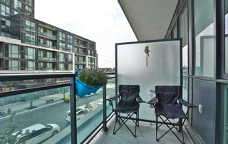 Photo 11: 208 4070 Confederation Parkway in Mississauga: City Centre Condo for sale : MLS®# W4933773