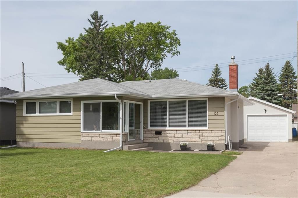 Main Photo: 122 Ridley Place in Winnipeg: Crestview Residential for sale (5H)  : MLS®# 202113822