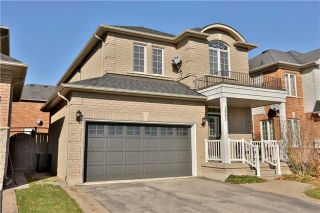 Photo 1: 1007 Sprucedale Lane in Milton: Dempsey House (2-Storey) for sale : MLS®# W3663798