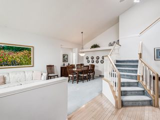 Photo 9: 54 Signature Close SW in Calgary: Signal Hill Detached for sale : MLS®# A1138139