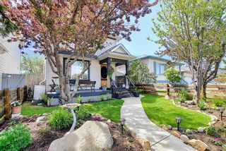 Main Photo: 23 Appleburn Close SE in Calgary: Applewood Park Detached for sale : MLS®# A1116037