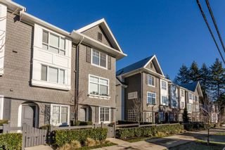 "Photo 1: 7 14955 60 Avenue in Surrey: Sullivan Station Townhouse for sale in ""Cambridge Park"" : MLS®# R2022894"