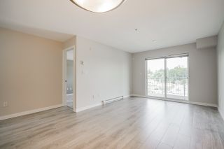 "Photo 12: 209 33960 OLD YALE Road in Abbotsford: Central Abbotsford Condo for sale in ""OLD YALE HEIGHTS"" : MLS®# R2480632"