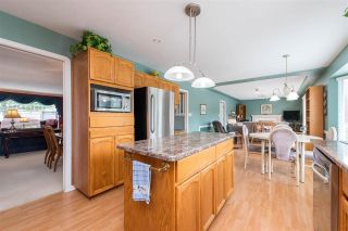 """Photo 18: 35418 LETHBRIDGE Drive in Abbotsford: Abbotsford East House for sale in """"Sandy Hill"""" : MLS®# R2584060"""