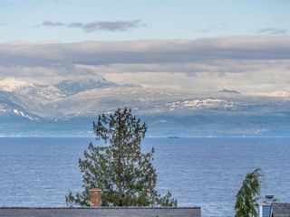 Photo 1: 6285 Sechelt Dr in : Na North Nanaimo House for sale (Nanaimo)  : MLS®# 863934