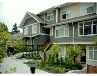 """Photo 1: 24 6878 SOUTHPOINT DR in Burnaby: South Slope Townhouse for sale in """"CORTINA"""" (Burnaby South)  : MLS®# V607740"""
