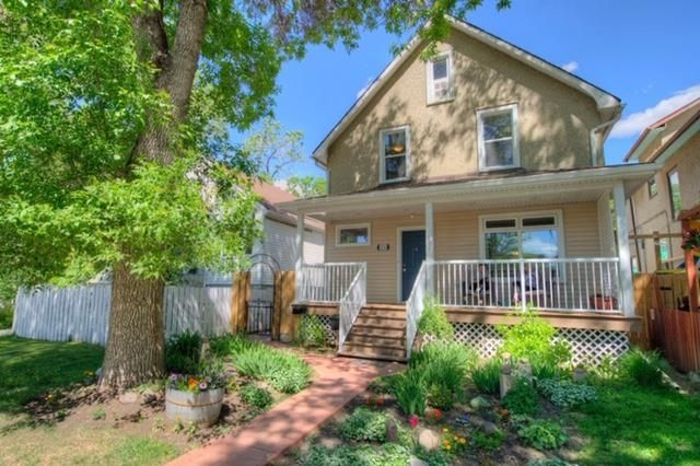 Main Photo: 10763 93 Street in Edmonton: Zone 13 House for sale : MLS®# E4248932