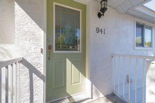 Photo 3: 941 Convent Pl in : Vi Fairfield West Half Duplex for sale (Victoria)  : MLS®# 882808