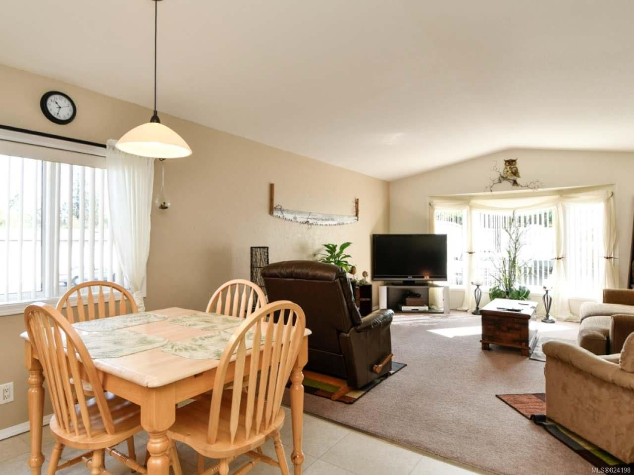 Photo 16: Photos: 38 951 Homewood Rd in CAMPBELL RIVER: CR Campbell River Central Manufactured Home for sale (Campbell River)  : MLS®# 824198