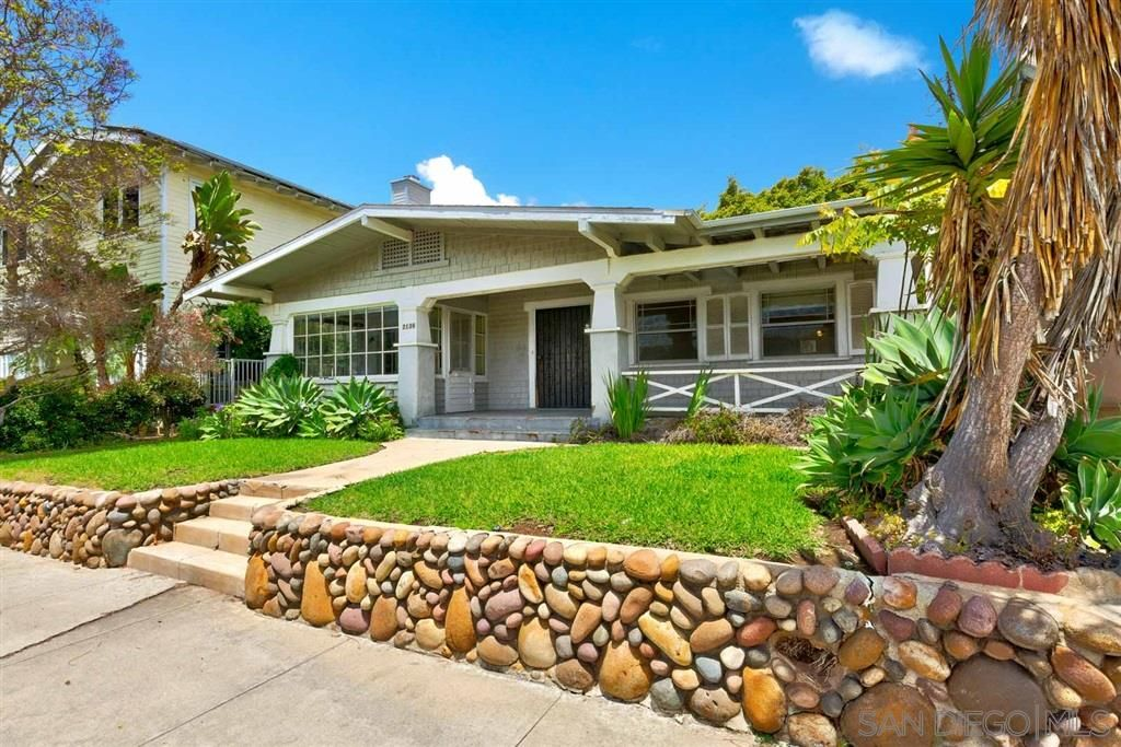 Main Photo: MISSION HILLS House for sale : 2 bedrooms : 2138 Fort Stockton Dr in San Diego
