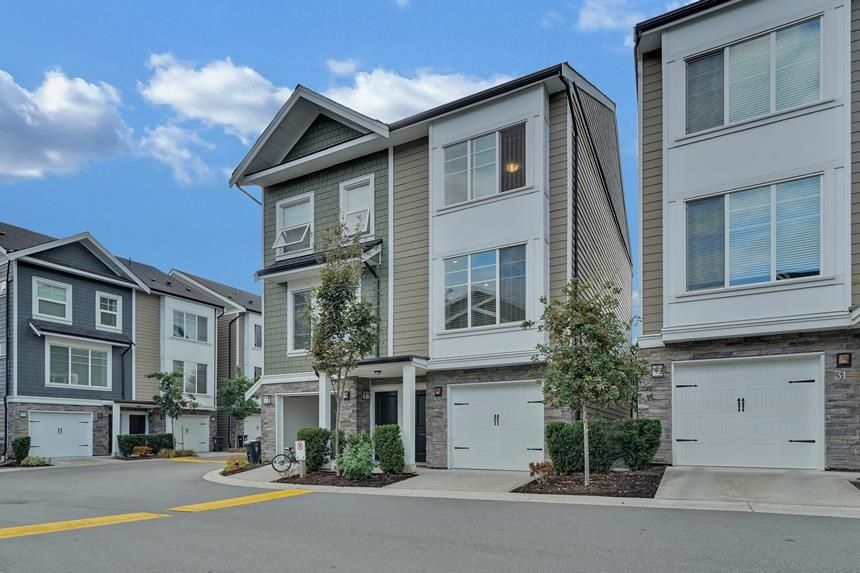 """Main Photo: 30 21150 76A Avenue in Langley: Willoughby Heights Townhouse for sale in """"HUTTON"""" : MLS®# R2614487"""