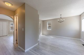 Photo 11: 121 Citadel Point NW in Calgary: Citadel Row/Townhouse for sale : MLS®# A1121802