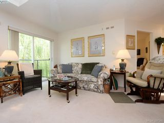 Photo 3: 304 1485 Garnet Rd in VICTORIA: SE Cedar Hill Condo for sale (Saanich East)  : MLS®# 795370