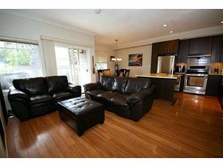 """Photo 4: 11 10711 NO 5 Road in Richmond: Ironwood Townhouse for sale in """"SOUTHWIND"""" : MLS®# V1135931"""