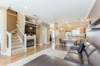 Photo 8: 9 3139 SMITH Avenue in Burnaby: Central BN Townhouse for sale (Burnaby North)  : MLS®# R2124503
