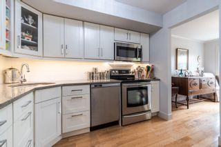 """Photo 10: 101 15080 PROSPECT Avenue: White Rock Condo for sale in """"The Tiffany"""" (South Surrey White Rock)  : MLS®# R2610135"""