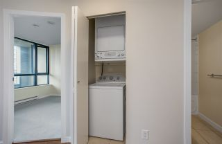 """Photo 9: 1306 909 MAINLAND Street in Vancouver: Yaletown Condo for sale in """"YALETOWN PARK 2"""" (Vancouver West)  : MLS®# R2516846"""