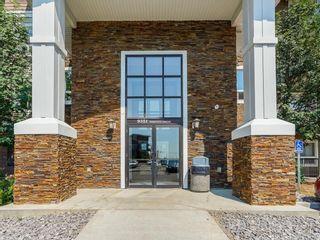 Photo 2: 3401 9351 SIMPSON Drive in Edmonton: Zone 14 Condo for sale : MLS®# E4249644