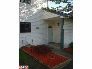 """Photo 1: 34 6625 138TH Street in Surrey: East Newton Townhouse for sale in """"HYLAND CREEK"""" : MLS®# F1122621"""