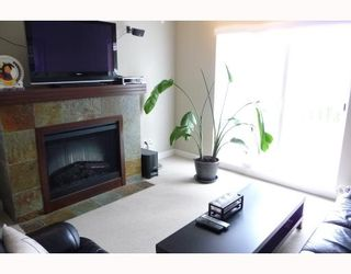 """Photo 3: 5 7388 MACPHERSON Avenue in Burnaby: Metrotown Townhouse for sale in """"ACACIA GARDENS"""" (Burnaby South)  : MLS®# V782079"""