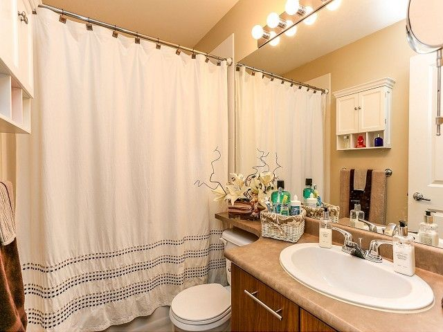 """Photo 17: Photos: 105 100 KLAHANIE Drive in Port Moody: Port Moody Centre Townhouse for sale in """"INDIGO"""" : MLS®# V1032337"""