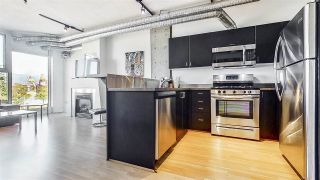 "Photo 9: 509 27 ALEXANDER Street in Vancouver: Downtown VE Condo for sale in ""ALEXIS"" (Vancouver East)  : MLS®# R2505039"