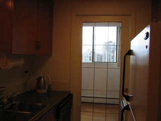 Photo 5: 702 145 ST GEORGES Ave in TALISMAN TOWERS: Home for sale : MLS®# V694361