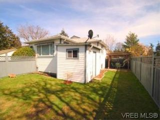 Photo 4: 1 2871 Peatt Rd in VICTORIA: La Langford Proper Row/Townhouse for sale (Langford)  : MLS®# 499885