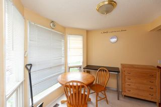 Photo 5: 112 Woodfield Close SW in Calgary: Woodbine Detached for sale : MLS®# A1124428
