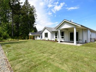 Photo 2: 3309 Harbourview Blvd in COURTENAY: CV Courtenay City House for sale (Comox Valley)  : MLS®# 820524