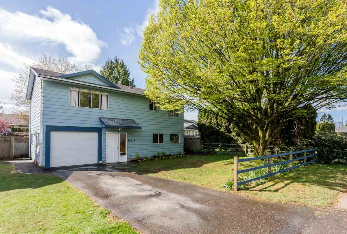 Main Photo: 20218 52 Avenue in Langley: Langley City House for sale : MLS®# R2053424