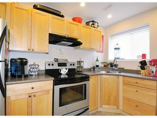 """Photo 13: 10369 ROBERTSON Street in Maple Ridge: Albion House for sale in """"THORNHILL HEIGHTS"""" : MLS®# V1135215"""